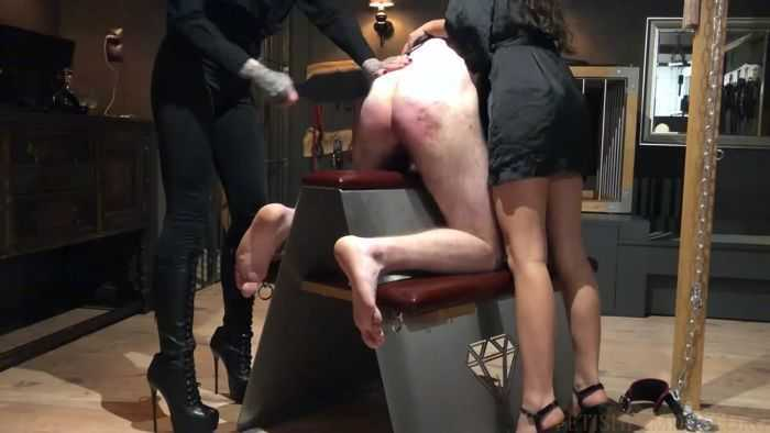Ballbusting And Spanking Young Slave [FetishMania] Melisande Sin (720p)